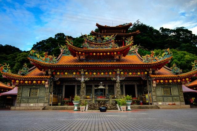 東大寺は普通の寺院ではない